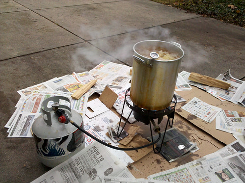 20101125-fried-turkey