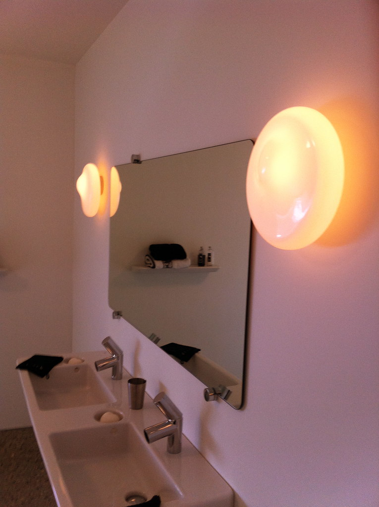 Bathroom, pure and simple!