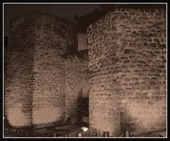 Portal de Graells (PCB75) Tags: catalonia portal catalunya bages cardona catalogna catalogne graells enunllocalarosadelsvents catalunyacentral ravaldesantjoan carrergraells portaldesantamaria murallagtica