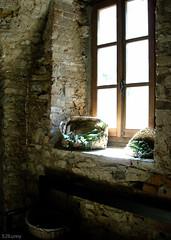 Interno Castello di Bardi (52Bunny) Tags: life italy stilllife nikon coolpix castelli 52bunny truthandillusion