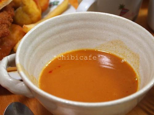 霧笛楼 仏蘭西菓子 オマールエビのスープ