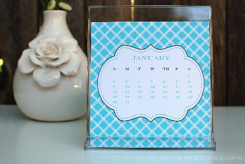 anna and blue paperie calendar 1
