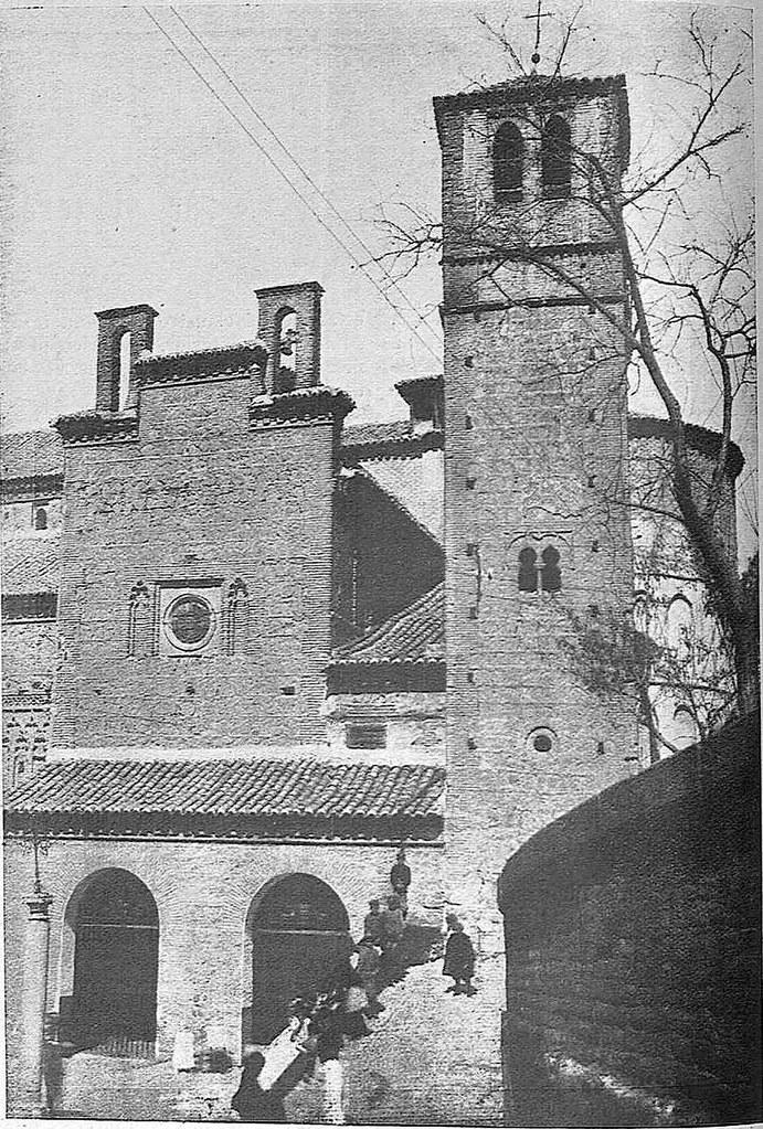 Iglesia de Santiago del Arrabal. Fotografía de Narciso Clavería publicada en noviembre de 1928 en la Revista Toledo