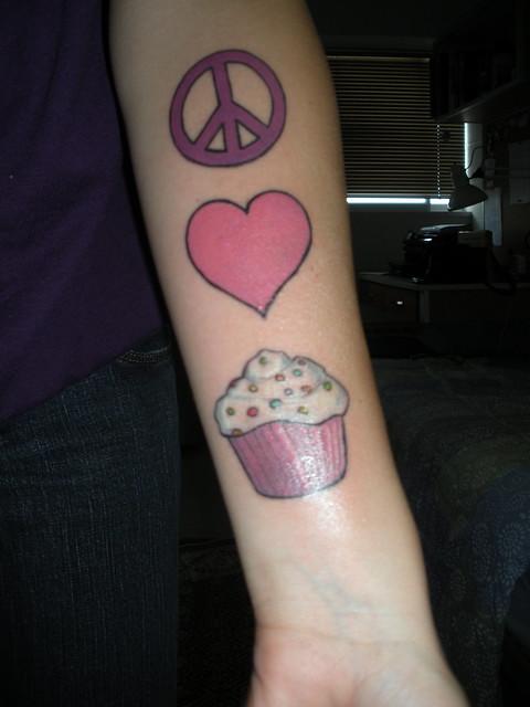 Peace-Love-cupcake-tattoo