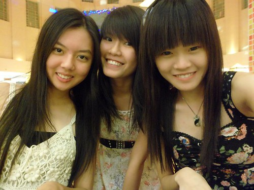 Chee Li Kee,Shi Ning and Kelly
