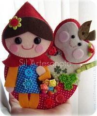 A Garota E A Maa | The Girl And Apple (Sil Artesanato) Tags: apple girl dvd cd feltro menina reciclagem reciclar ma chapeuzinho fieltro