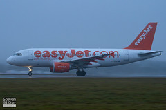 G-EZBW - 3134 - Easyjet - Airbus A319-111 - Luton - 110107 - Steven Gray - IMG_7682
