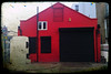 (jordi.martorell) Tags: cameraphone red house mobile geotagged cellphone movil mobil bow shutter guessed guesswherelondon wildfire htc gwl cruzadas ttv violetroad guessedbyrobbeer