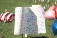 Memorial 13 (writingfroggie) Tags: memorial ua umc gabriellegiffords shootingvictims gabbygiffords uaumc universityofarizonauniversitymedicalcenter ariannagrainey