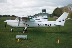 G-FIFO (IndiaEcho) Tags: light airplane fly airport aircraft aviation hampshire aeroplane popham cessna airfield 152 in c152 gfifo aerojumble