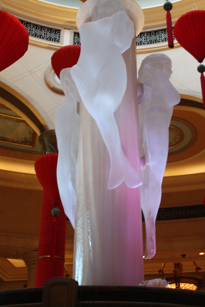 Naked Women in Vegas