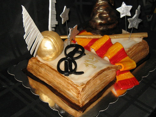 Harry potter cake 09-10
