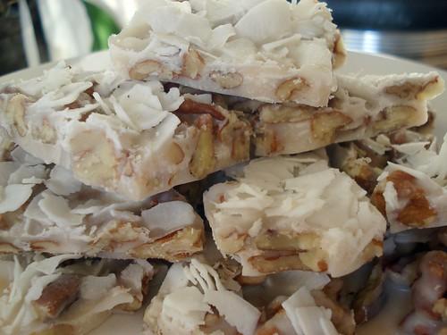 Paleo coconut bark