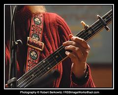 Maria Fairchild (RSB Image Works) Tags: banjo musicalinstrument capo gardencityny rsbimageworks robertberkowitz gardenstagecoffeehouse mariafairchild