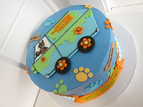Astonishing Scooby Doo Birthday Cake A Photo On Flickriver Funny Birthday Cards Online Alyptdamsfinfo
