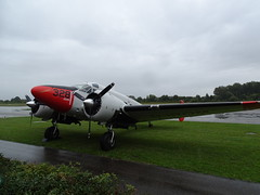 Beech 18 (markus_rgb) Tags: flugzeug plane beech 18 rot nase red nose wallmhle straubing