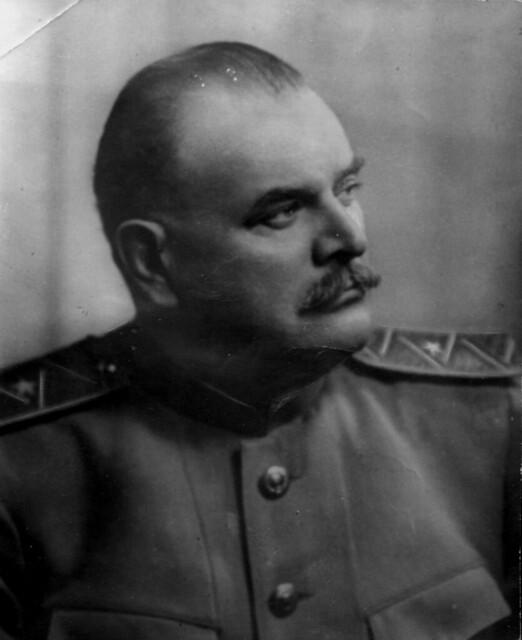 Александр Яковлевич
