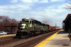 Intermodal BN style (The Mastadon) Tags: road railroad chicago train illinois midwest rail railway trains il transportation locomotive railroads chicagoland douchebag flatlander midwestern