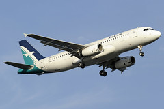 Silkair Airbus A320 (9V-SLK) DSC5093 (KWsideB) Tags: mi plane airplane singapore aircraft aviation flight aeroplane landing airline airbus changiairport spotting airliner a320 airtravel slk planespotting wsss silkair changiinternationalairport 20r a320233 runway20r 9vslk