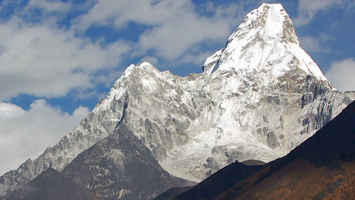 6ama dablam-close up.jpg