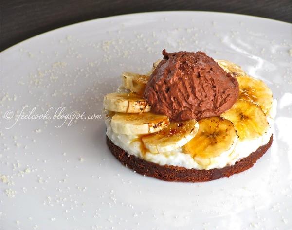 Tortino di banane caramellate e cocco