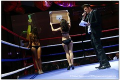 brawlonthebundshanghai_129 (photog37) Tags: china charity shanghai 7d boxing bund 2010 whitecollarboxing brawlonthebund