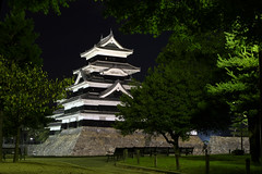MGFG1625 Matsumoto-Jo at night (Mikey Down Under) Tags: sunset tree castle japan night jo moat matsumoto prefecture nagano