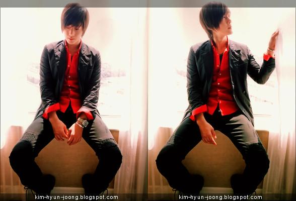 Kim Hyun Joong @ Hallyu Wave October 2010 Issue Magazine Interview