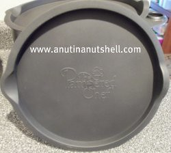 Pampered Chef mixing bowls