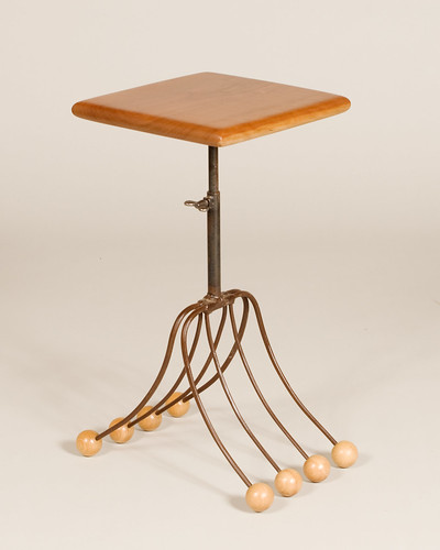 Pitchfork Table