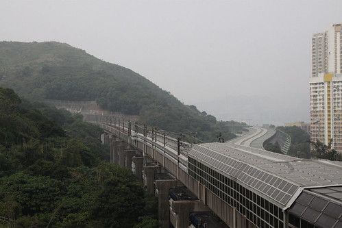 Tracks heading west from Tsing Yi station