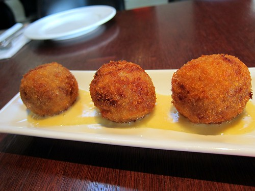 Arancini with braised pork and mozzarella