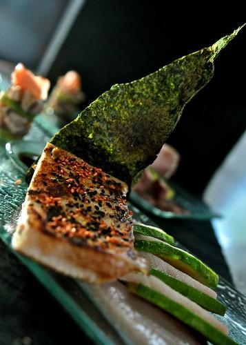 hamachi trio : fillet + sashimi