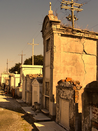 St. Louis Cemetery No. 2