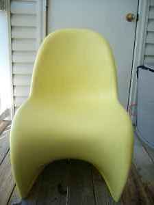 Yellow chairs 3