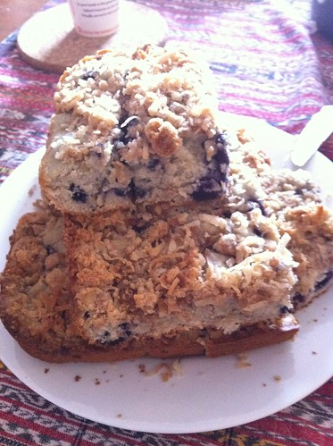 Coffee cake w/blueberries