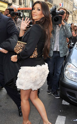 kim-kardashian-091510-11