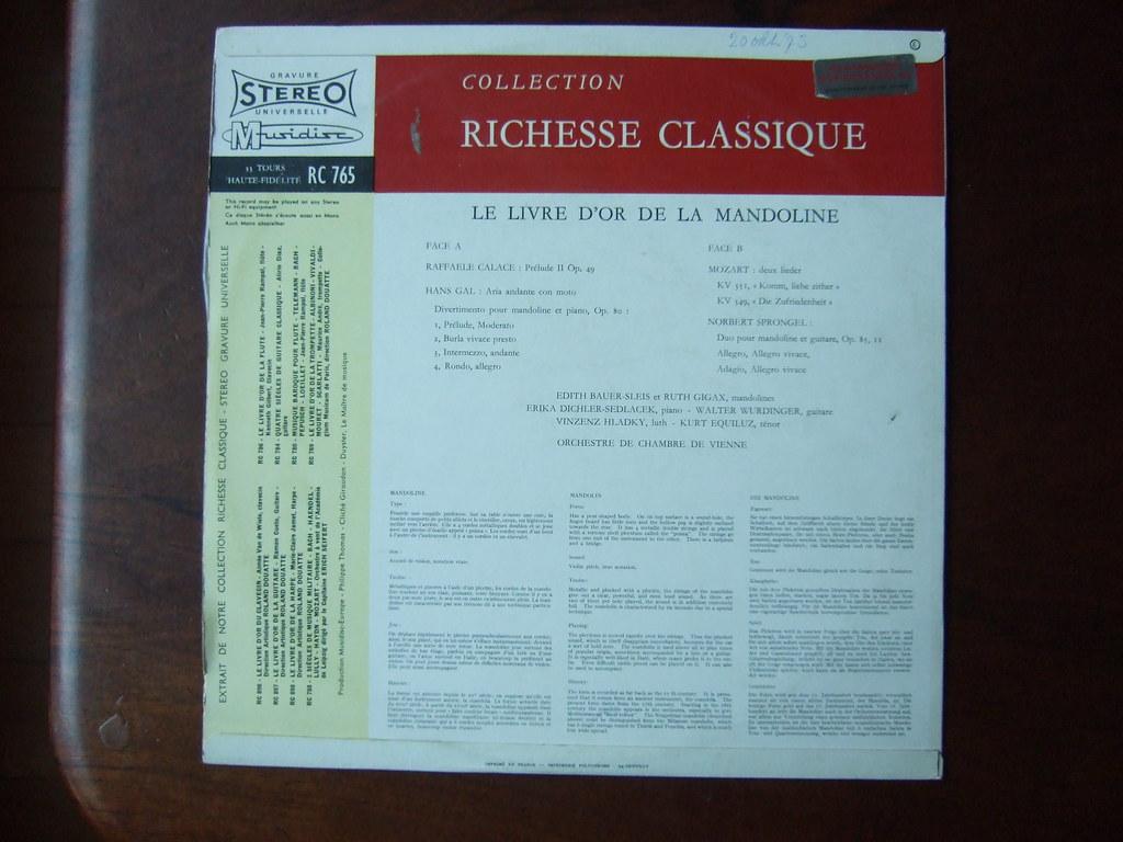 Backside Le Livre d'Or de la Mandoline - Raffaele Calace Prelude op.49, Hans Gal - Aria Andante & Divertimento op.80, Mozart - 2 lieder KV351 & KV349, Norbert Sprongel - Duo op.85 - Edith Bauer-Sleis