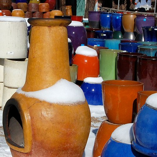 Snowy pottery