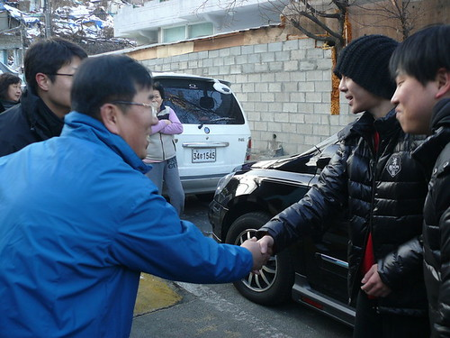 Kim Hyun Joong Hotsun Coal Delivery Event [06.01.11]