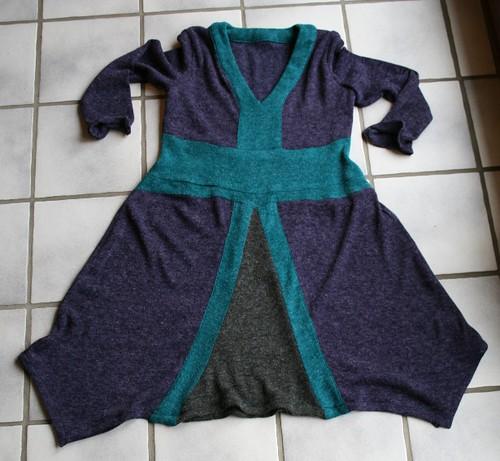 Tricot Kleedje (01-2011)
