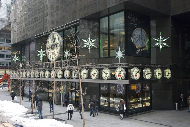 d8 tour clock building