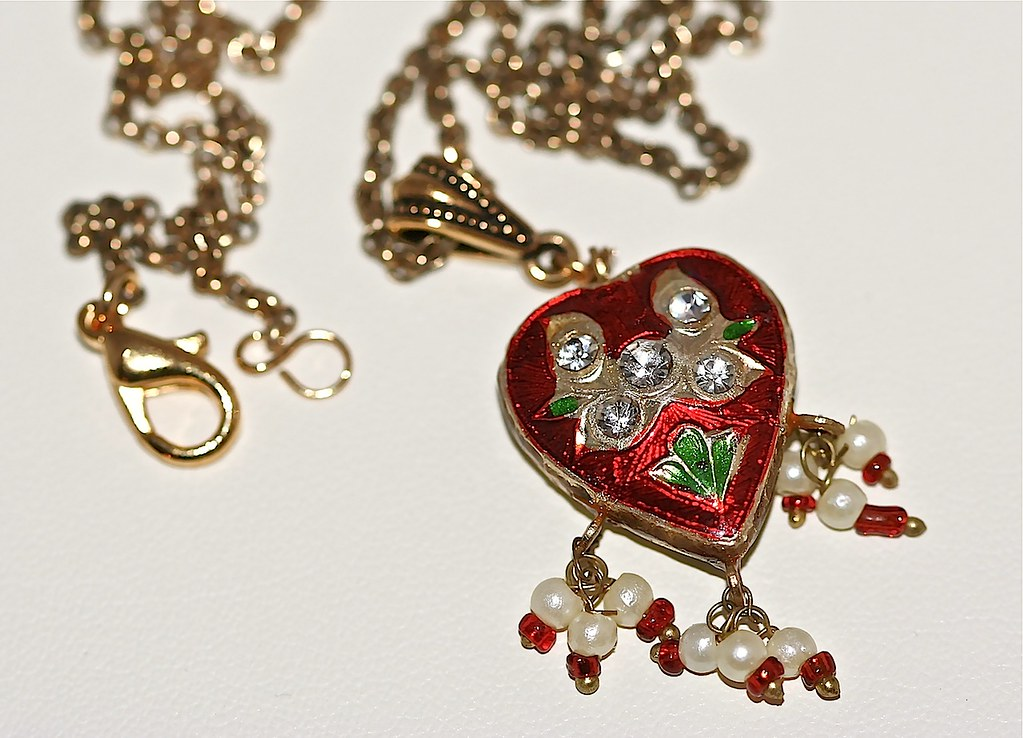 Red Minakari Heart and Antiqued Gold Necklace