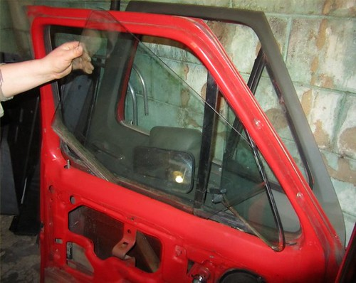 1985 F150 Wing Vent Window How To Remove The Glass Ford Truck Enthusiasts Forums