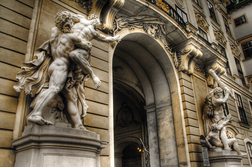 Hofburg statues. Vienna. Estatuas del Hofburg. Viena