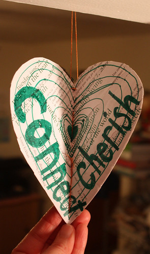 Repurposed paper heart - green (connect)