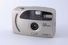 Minolta F35 Big Finder (Andrys Stienstra) Tags: camera vintage big minolta collection finder verzameling f35