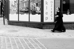 no, no, no! (Peter87300) Tags: nikon d5100 bw 35mm streetphotography poland