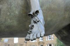 Bells on her toes (Sir Trev) Tags: banburycross finelady toes bells nurseryrhyme bronze