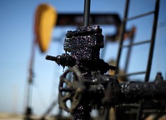 Oil declines however holds close to June highs amid improved sentiment (majjed2008) Tags: amid declines highs holds improved june near sentiment